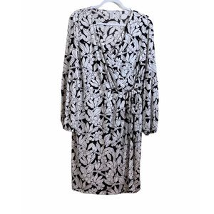 LONDON TIMES WHITE BLACK FLORAL FAUX WRAP DRESS